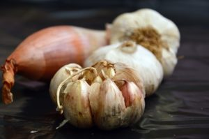 Garlic and Onions for Getting Rid of Arthritis